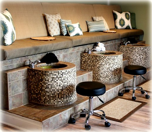 Chestertown, MD: Mosaic Tile Pedicure Tubs!