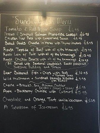 River, UK: Sunday roast every single Sunday at the Oak