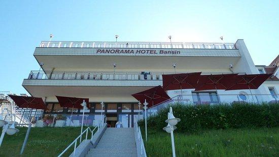 Panorama Hotel Bansin: Mitte und oben = Zimmer mit Meerblick