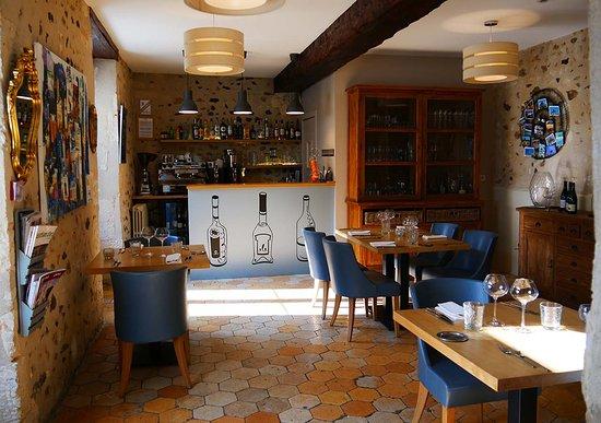 Thiron-Gardais, Francja: Salle de restaurant
