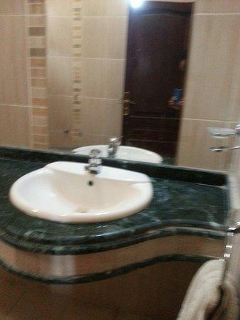 Oricana Hotel : 20180326_102752_large.jpg