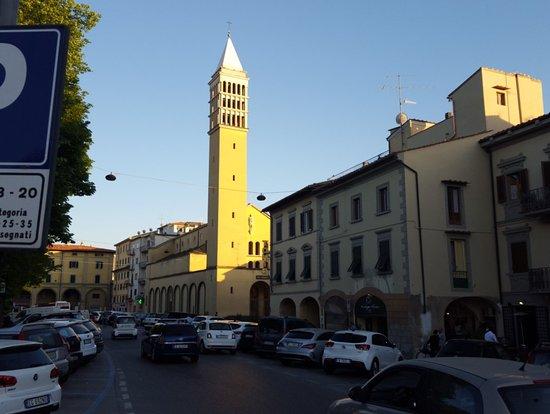 Prato, Olaszország: IMG_20180421_191946_large.jpg
