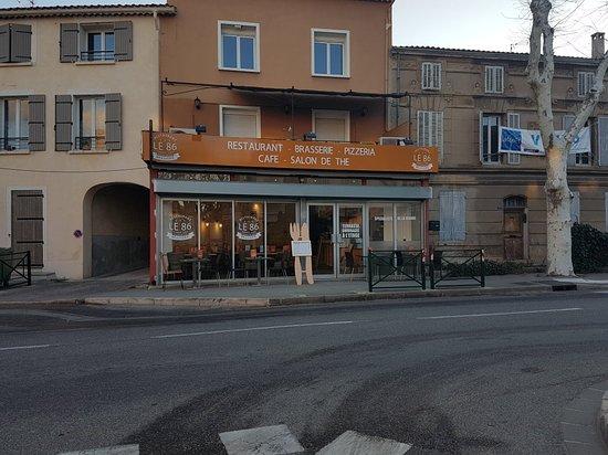 Saint-Cannat, Frankrijk: Brasserie Le 86