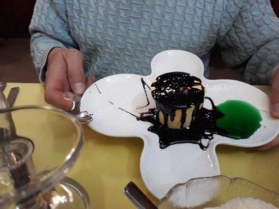 Monno, Itália: 4) Semifreddo al pistacchio e mandorle