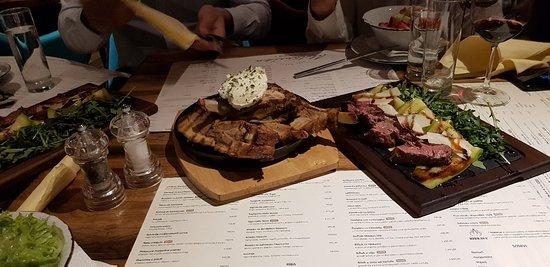 Restoran Ustanicka: 👌good food & meny with prices😁👌