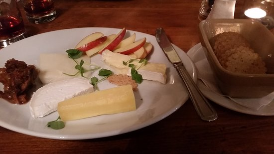 Blagdon, UK: Cheese board