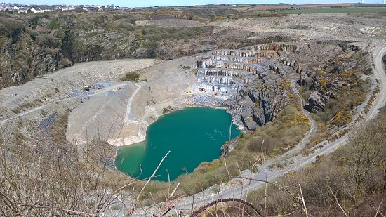 St Austell, UK: Delabole Slate Quarry - quite a sight