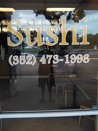 Keystone Heights, FL: Sign in the window
