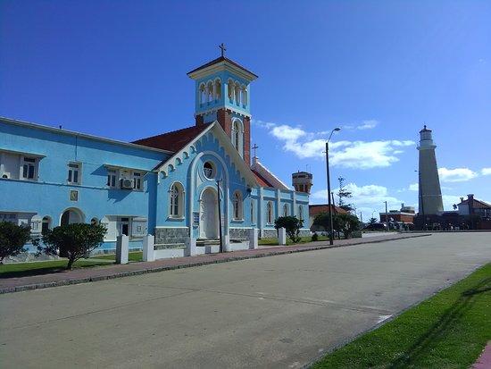 Iglesia Candelaria:  Iglesia Nuestra Señora de la Candelaria - Punta del Este