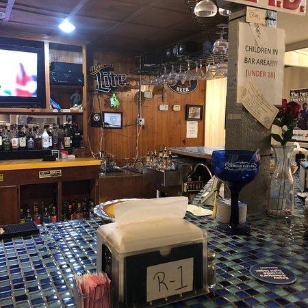 West Columbia, TX: Cool bar