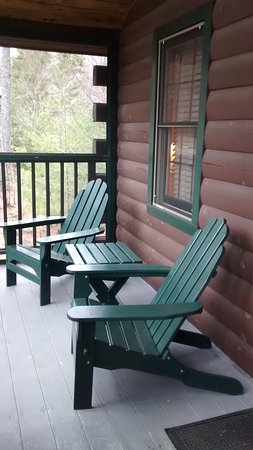 Northport, ME: Screened in porch