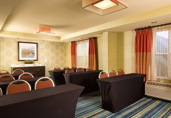 Fairfield Inn & Suites Orlando Lake Buena Vista: Meeting room