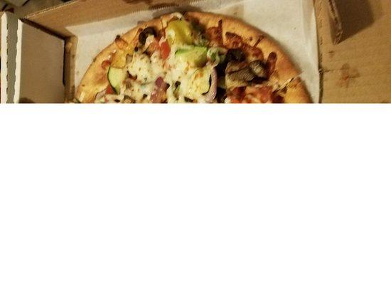 Yukon, OK: Revamp Veggie Pizza