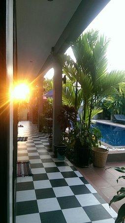 Asanak D'Angkor Boutique Hotel: IMAG2523_large.jpg