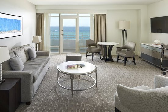 Fontainebleau miami beach florida resort reviews photos price comparison tripadvisor for 2 bedroom suites on collins avenue