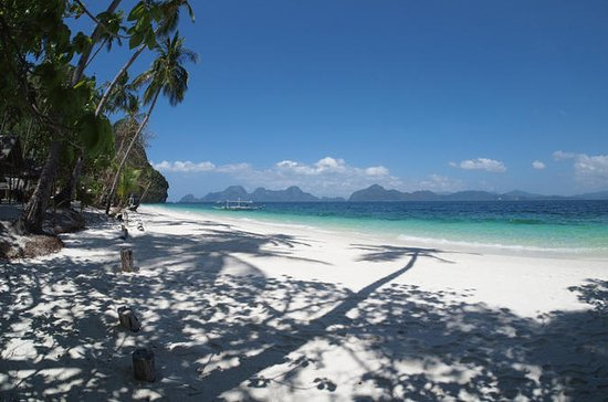 El Nido Island Hopping Private Tour...