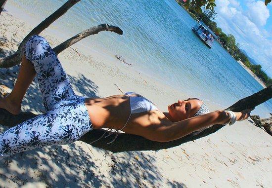 Good Vibes Pilates & Yoga: Tweed Coast, Pilates, Yoga ,Barre, Reformer, Discotramp & #goodvibes activewear