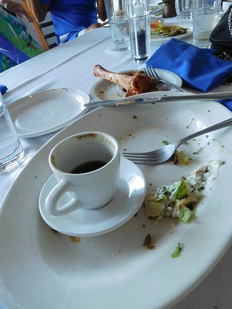 Catalina, Аризона: All that remained of our lunch
