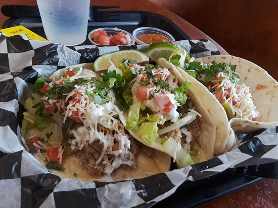 Oakdale, MN: Catrinas pork tacos on soft flour tortillas with toppings