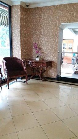 Cihampelas Hotel 2: 20180422_122350_large.jpg
