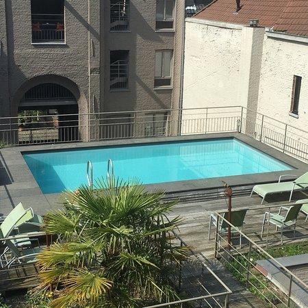 Hotel Harmony: Mooi verwarmd buiten zwembad