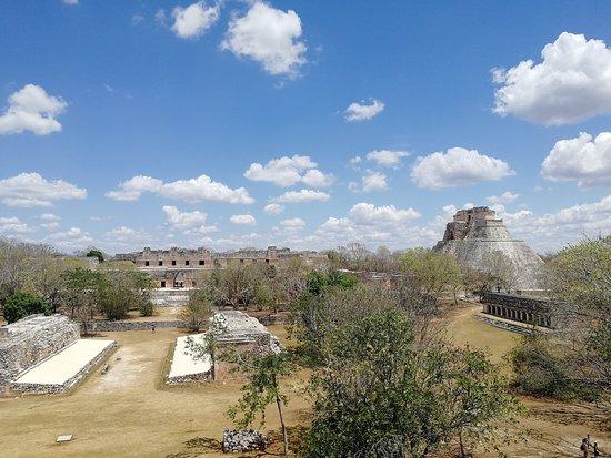 Uxmal, México: View from the Great Pyramid (Gran Piramide)