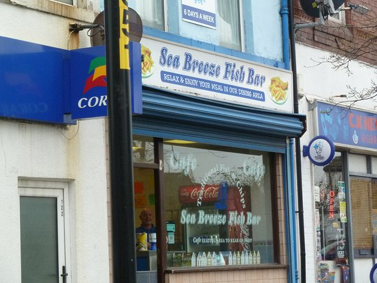 Sea Breeze Fish Bar: Fish Bar during the day