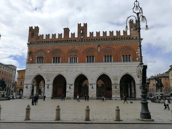 PIACENZA PALACE - Updated 2021 Prices, Hotel Reviews, and ...