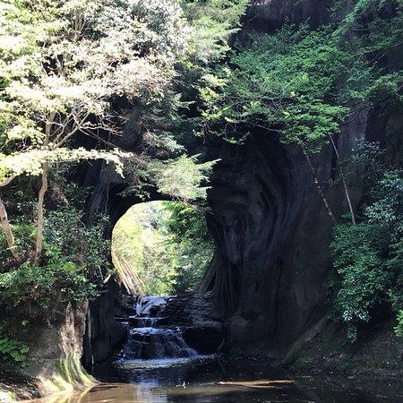 広場 清水 渓流 濃溝の滝 清水渓流公園の場所へのアクセス方法