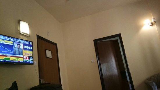 Lytton Hotel: IMG_20180419_100236_large.jpg