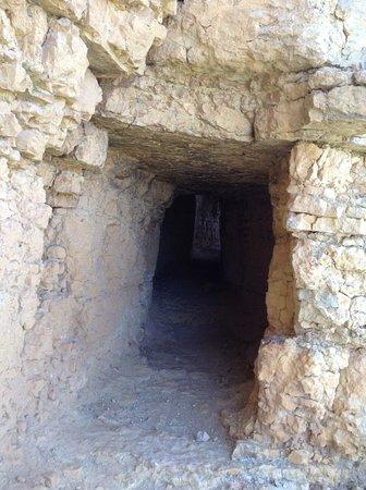 Gea de Albarracin, Spanje: Tunnel in the Aqueduct