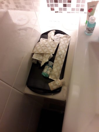The Everly Putrajaya: Housekeeping bad day!!!