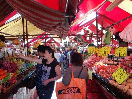 Mercato di Porta Palazzo: mercato esterno