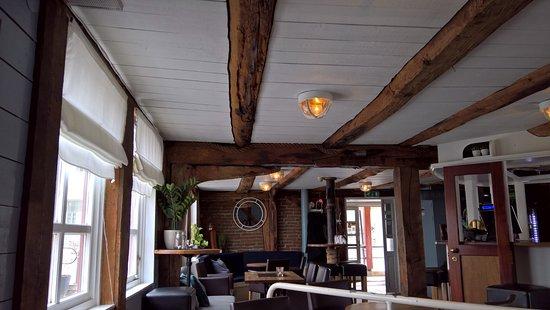 Floro, النرويج: Interiør fra puben april 2018
