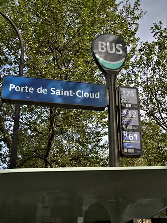 Jardin Octave Mirbeau - Photo de Place de la Porte de Saint Cloud ...