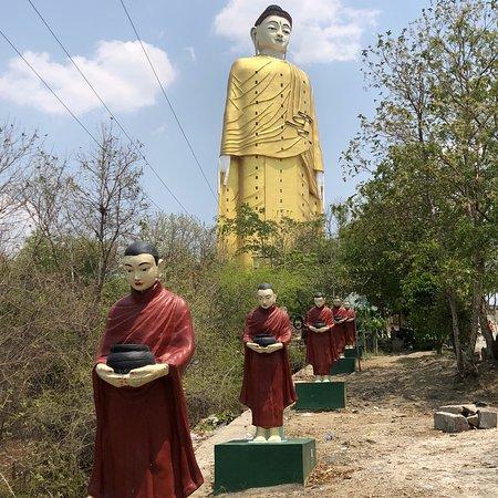 Bodhi Tataung: photo6.jpg
