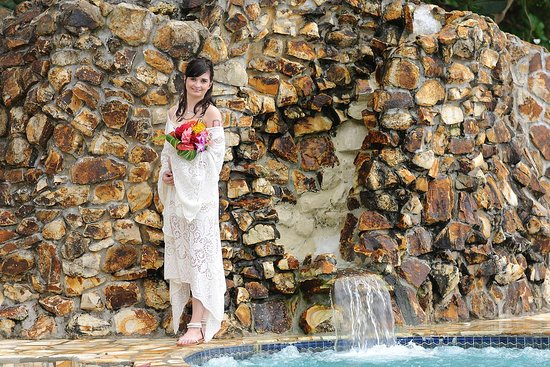 Villa Beach Cottages: Bride