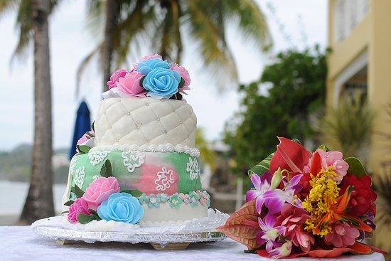 Villa Beach Cottages: Wedding Cake