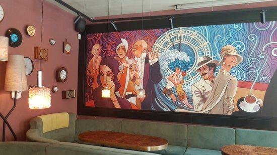 Moment Resto Bar & Music: restaurace moment uvnitř