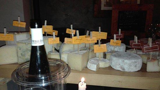 Grosso, إيطاليا: Fantastico carrello dei formaggi