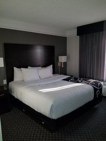 La Quinta Inn & Suites Mesa Superstition Springs: 20180421_182436_large.jpg