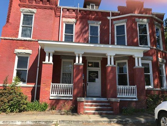 Ashburn, GA: Exterior of the Crime & Punishment Museum