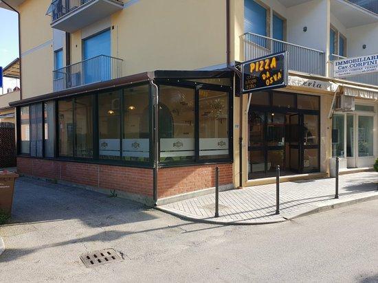 Tonfano, Olaszország: Pizza Da Osvá