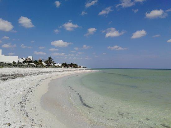 Chicxulub Municipality, المكسيك: Beach area