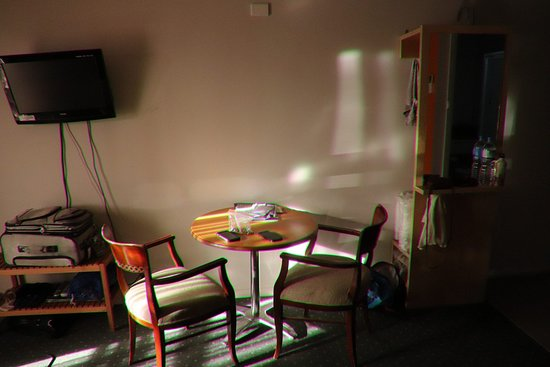 Nubeena, Australia: Our table with chairs