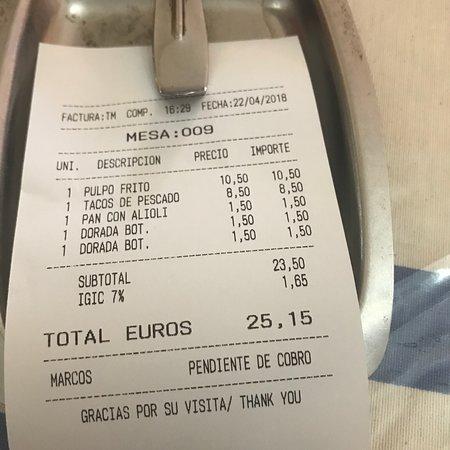Очень приемлемые цены. Большие порции, и приятная отмасфера.