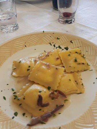 Capriglia Irpina, إيطاليا: 20180421_143748_large.jpg