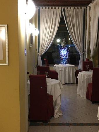 Sale Marasino, Italie : More seating