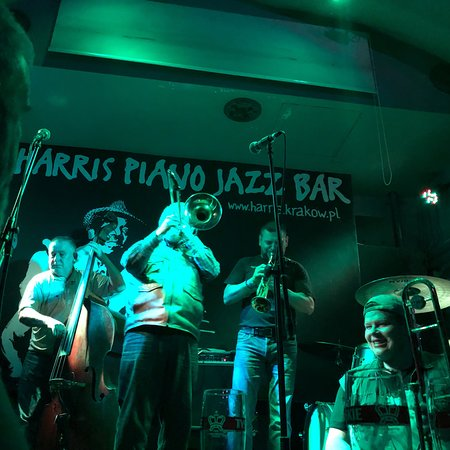 Harris Piano Jazz Bar: photo0.jpg