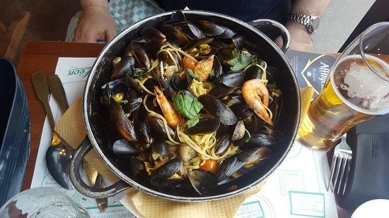 Restaurant Leon De Bruxelles Opera: IMG-20180422-WA0003_large.jpg